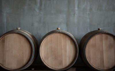 Ąžuolo statinių vaidmuo gėrimų gamyboje